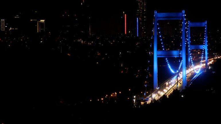 İstanbuldaki köprüler maviyle aydınlatıldı Nedeni ise...
