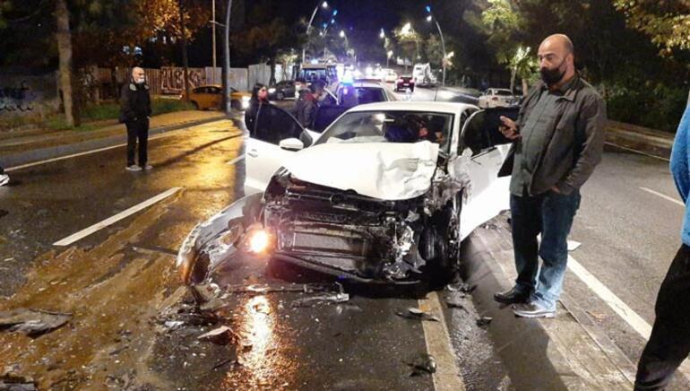 Büyükçekmecede zincirleme kaza: 5 yaralı