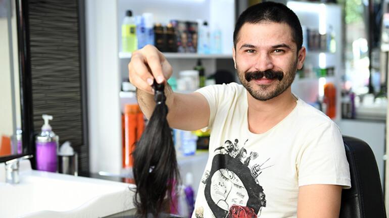 Belediye çalışanı 2 yıldır uzattığı saçlarını kanser hastaları için bağışladı