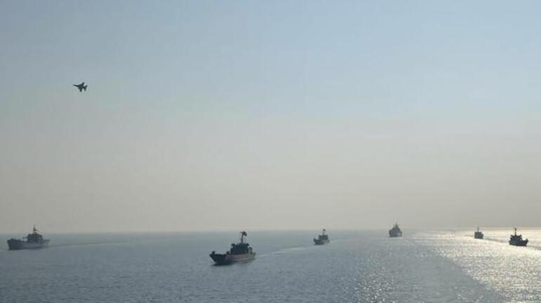 MSB görüntüleri paylaştı Ege Denizinden sıcak görüntü