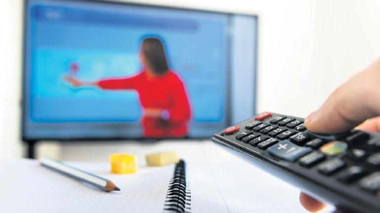 Eğlence ve eğitim televizyonda