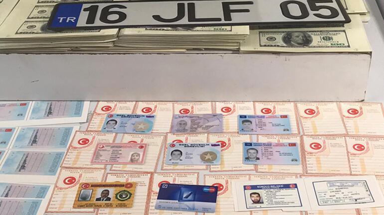 Mobilya atölyesi tabelası asıp sahte para ve kimlik bastılar