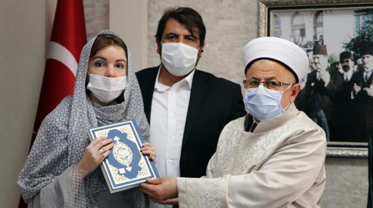 Türk ile evlendi İslamiyeti seçti, Nur Bahar adını aldı