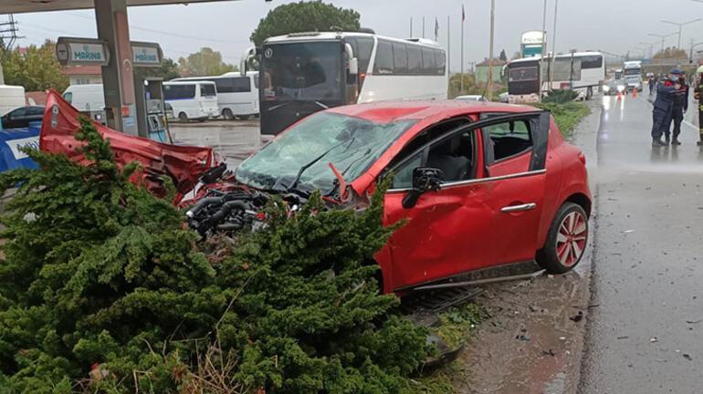Beş otomobil birbirine girdi: 1 ölü, 10 yaralı