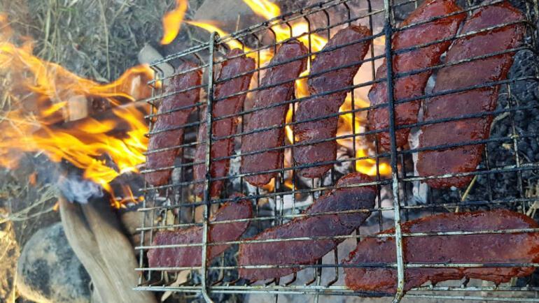 Kamp ateşlerinde en çok bu yiyecek pişiyor: İrişkit