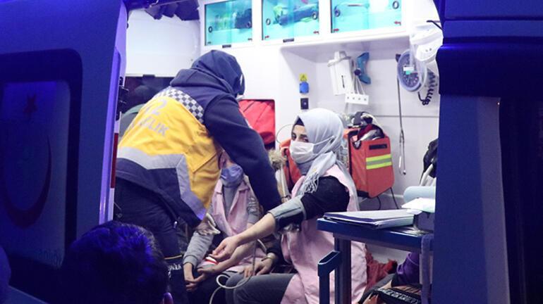 Son dakika... Düzcede servis devrildi Çok sayıda işçi yaralandı