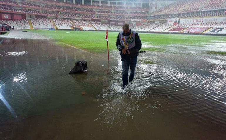 Son dakika - Antalyaspor - Hatayspor karşılaşması ertelendi