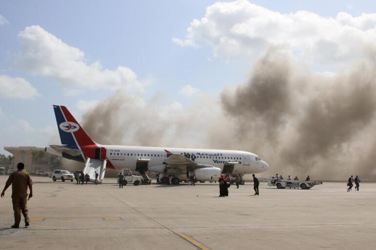 Son Dakika... Bakanlar uçaktan inerken havalimanı patladı Dünya şokta...