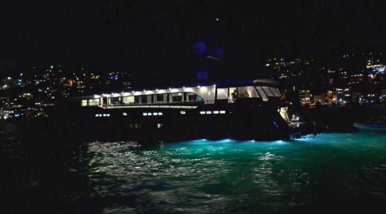 Yasak olmasına rağmen... Teknede yılbaşı partisi