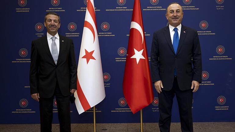 Son dakika... Bakan Çavuşoğlundan Yunanistana görüşme daveti
