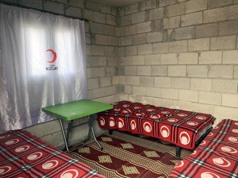 Suriye sınırında 50 bin briket ev inşa ediliyor