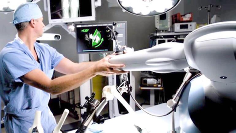 Robot yardımıyla diz ve kalça ameliyatı daha güvenli