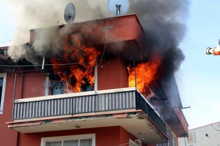 Son dakika: Ispartada panik yaratan yangın Son anda yetiştiler