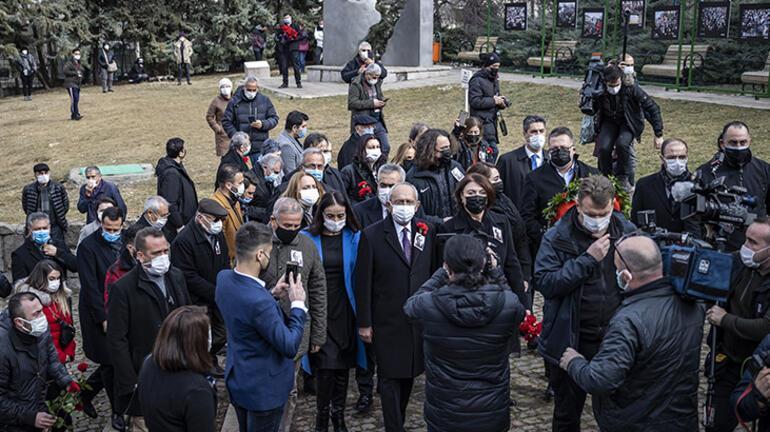Gazeteci yazar Uğur Mumcu ölümünün 28. yılında anıldı