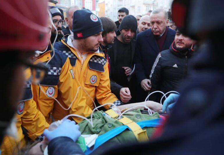 Cumhurbaşkanı Erdoğandan Elazığdaki deprem konutları paylaşımı