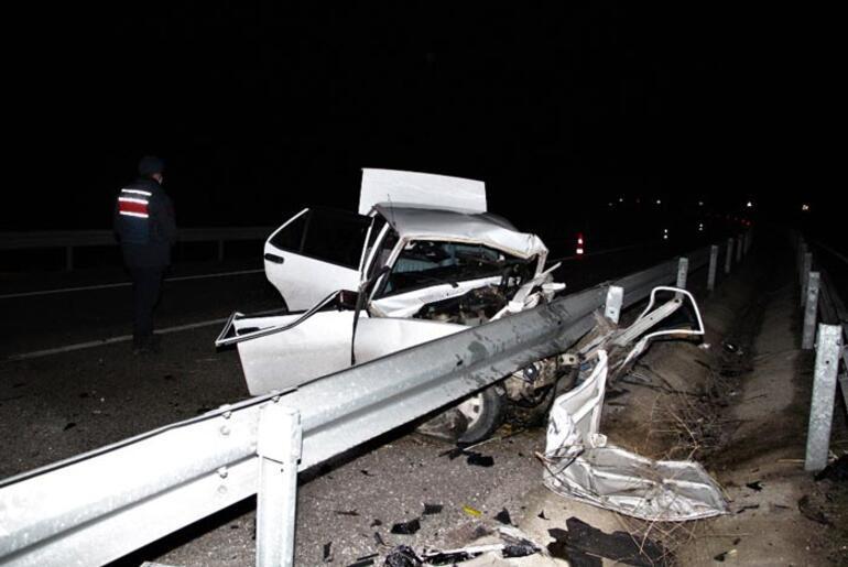 Manisada trafik kazası: 1 ölü, 1 yaralı