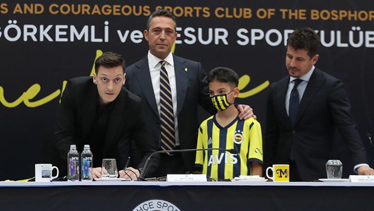 Son dakika - Dünya Fenerbahçe'yi konuştu Mesut Özil manşetlerde...