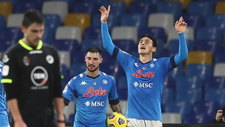 Napoli yarı finale yükseldi Eljif Elmas boş geçmedi...