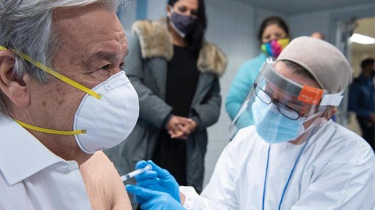 BM Genel Sekreteri Guterres, koronavirüs aşısı oldu
