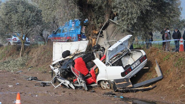 Son dakika... İzmirde 2 kişinin öldüğü kazadan feci görüntüler