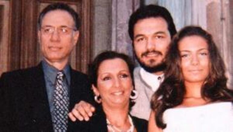 Kemal Sunal ölüm tarihi ne zaman, kaç yaşında, neden öldü, mezarı nerede Kemal Sunal kaç filmde oynadı, nereli, eşi kim, kaç çocuğu var