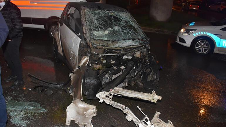 İzmirde feci kaza 2 yaralı var