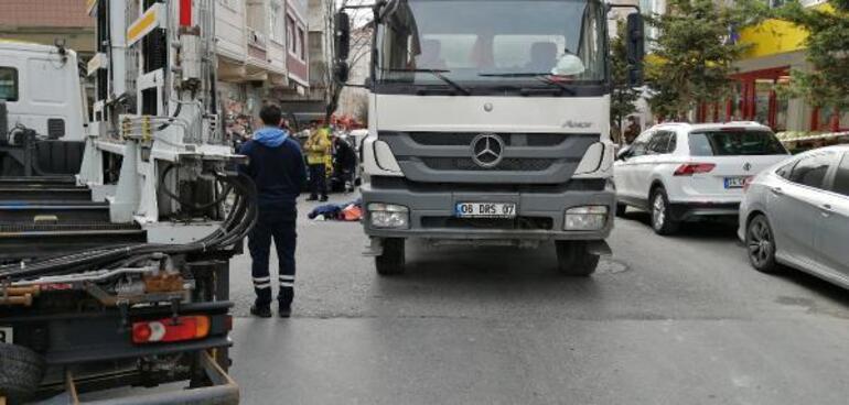 Son dakika... İstanbul Küçükçekmecede beton mikseri altında ezilen kadın feci şekilde can verdi