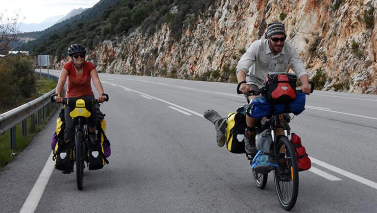 Fransız çiftin bisikletle dünya turu Türkiyeden başladı
