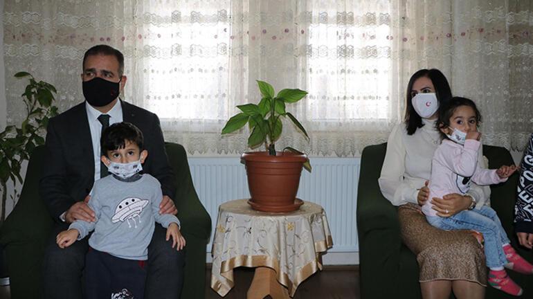 Hakkari Valisinden şehit ailelerine ziyaret