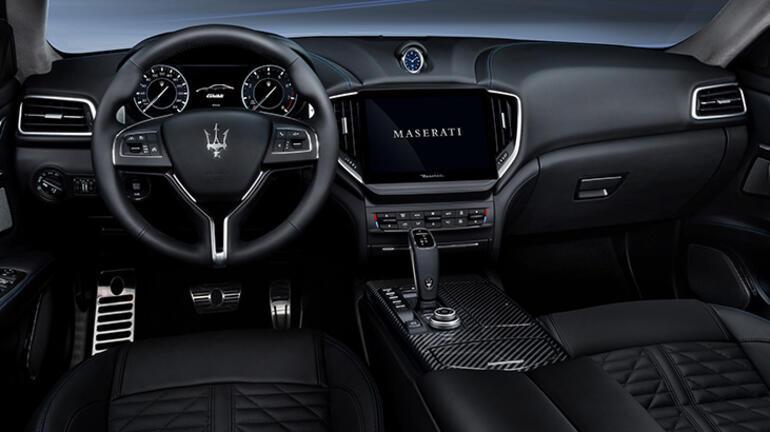 Maserati Ghibli'ye ödül