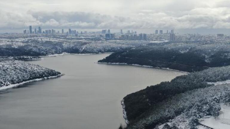 Cadde ve sokaklardan toplanan karlar baraj bölgesine dökülüyor