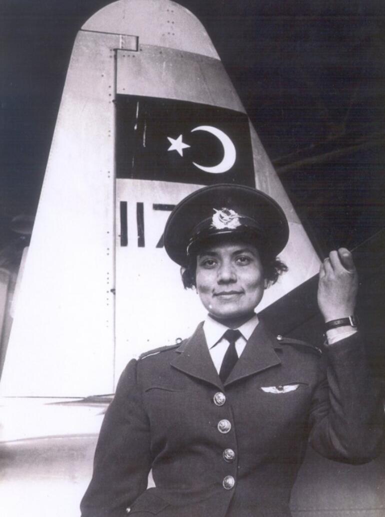 MSB, NATOnun ilk kadın jet pilotu Leman Bozkurt Altınçekiçi andı