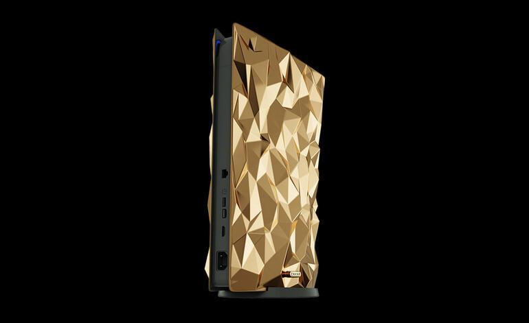Fiyatıyla dudak uçuklatan altın kaplama PlayStation 5