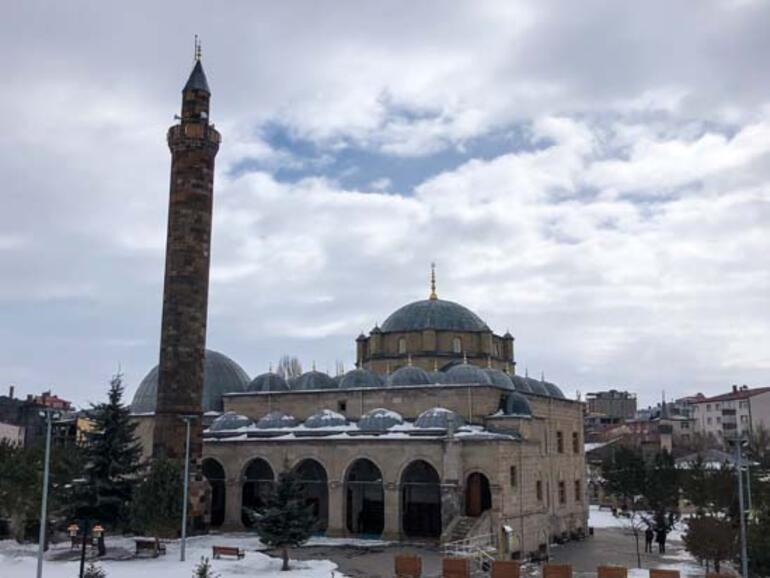 Puşkin'in anılarına, Namık Kemal'in dizelerine ilham olan KARS