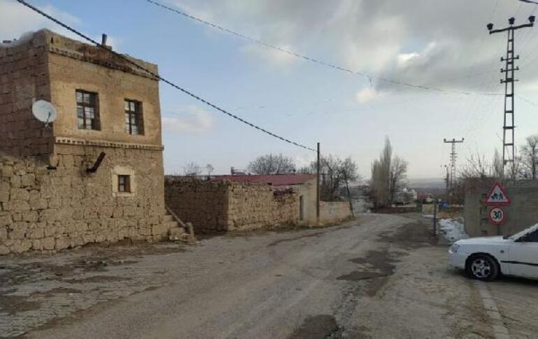 Toplu cenaze namazı kılınan mahallede koronavirüs karantinası sona erdi