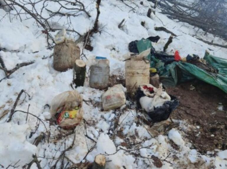 Bitliste, teröristlerin toprağa gömülü yaşam malzemeleri ele geçirildi