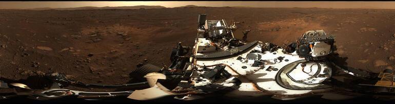 Marstaki devasa hortumları gösteren görüntüler paylaşıldı
