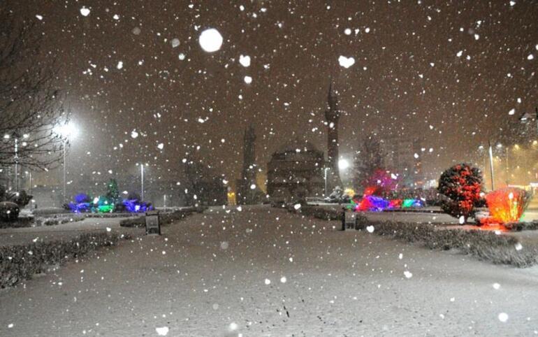 Sivasta kar yağışı etkisini gösteriyor