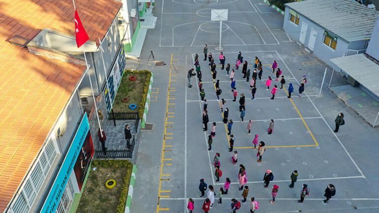 Son dakika... Yüz yüze eğitimde son durum Milli Eğitim Bakanı Ziya Selçuk duyurdu
