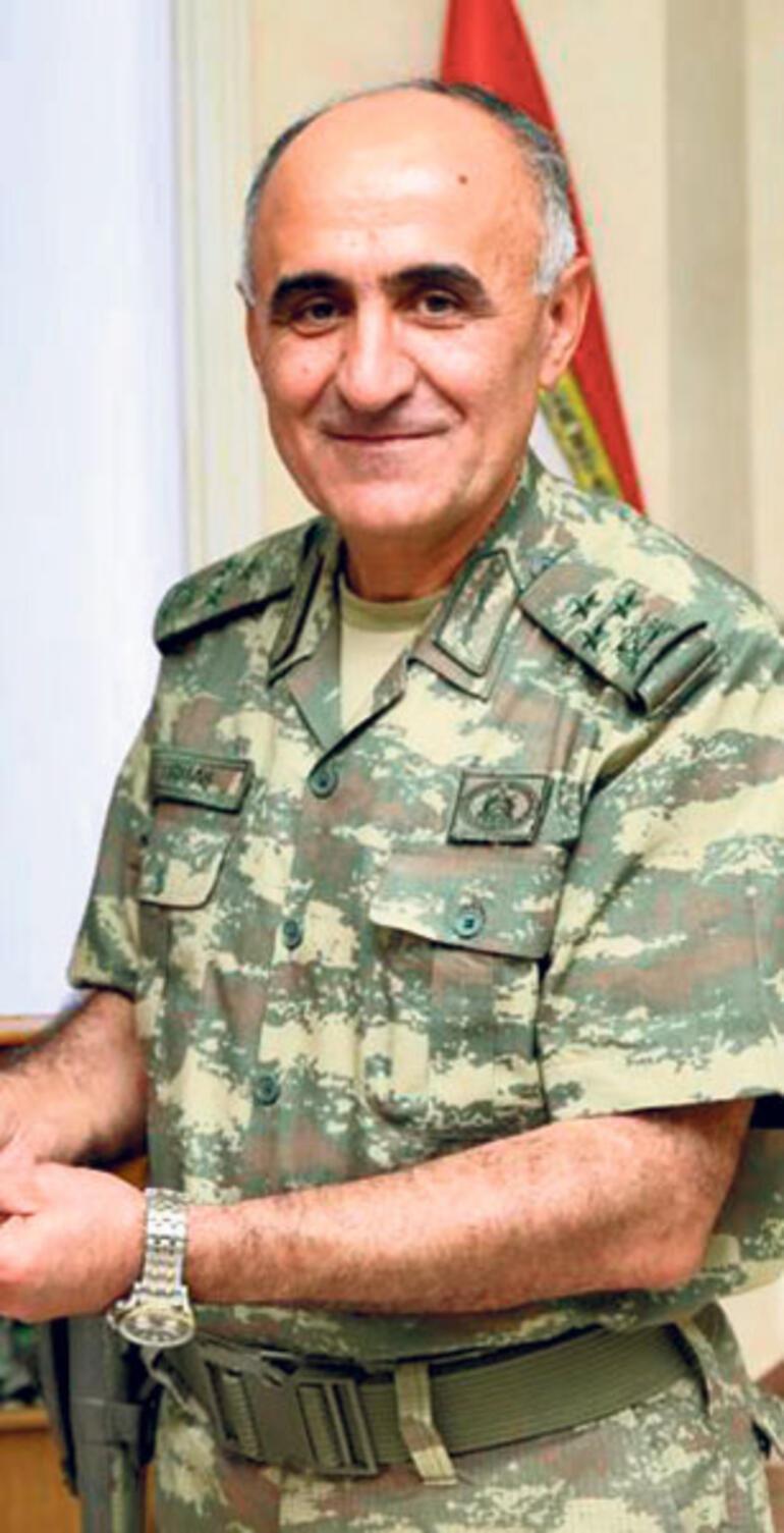 Korgeneral Erbaş ve 10 asker şehit