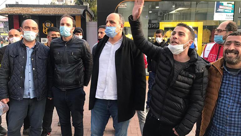 Son dakika - Malatyaspor taraftarlarından Başkan Adil Gevreke istifa çağırısı