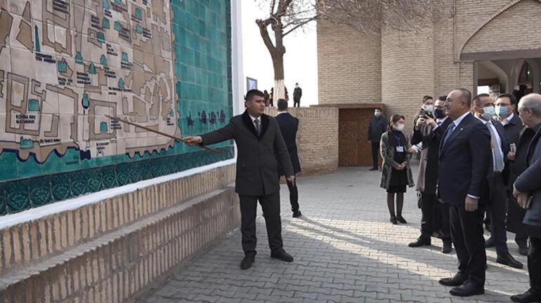 Bakan Çavuşoğlu, Özbekistan'da tarihi Hive kentini ziyaret etti