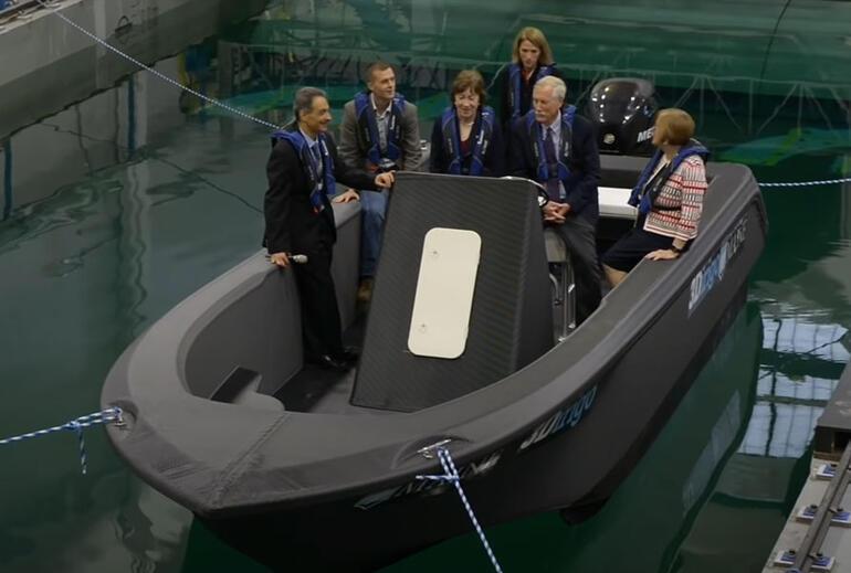 'Denizanaları'  maviliklere açıldı