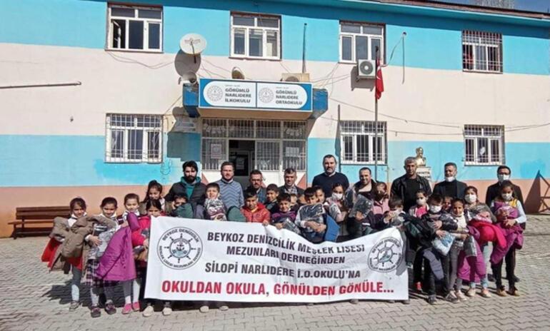 Denizciler Silopili çocukları mutlu etti