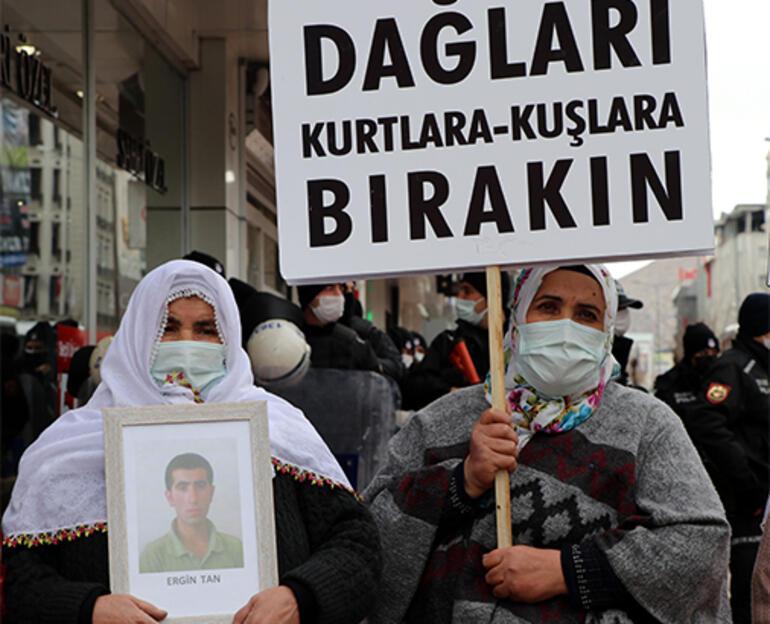 Vanda evlat nöbetine katılan aileler: HDP olmasa PKK da olmaz