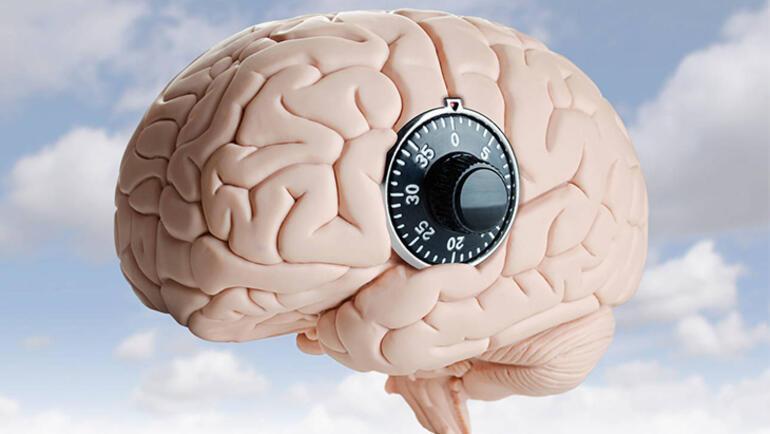 Çocukluktan yaşlılığa beyni zinde tutacak öneriler
