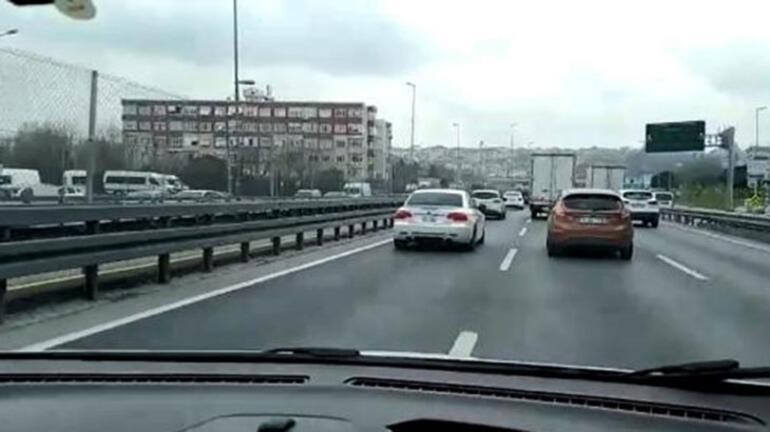 İstanbulda hareketli dakikalar ABD plakalı otomobil ortalığı karıştırdı