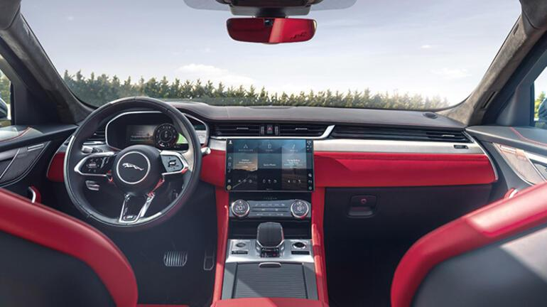 Yeni Jaguar F-PACE Türkiye'de