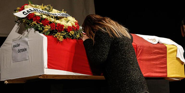 Rasim Öztekinin ölümüyle sarsılan Pelin Öztekin: Lanet olsun koronaya