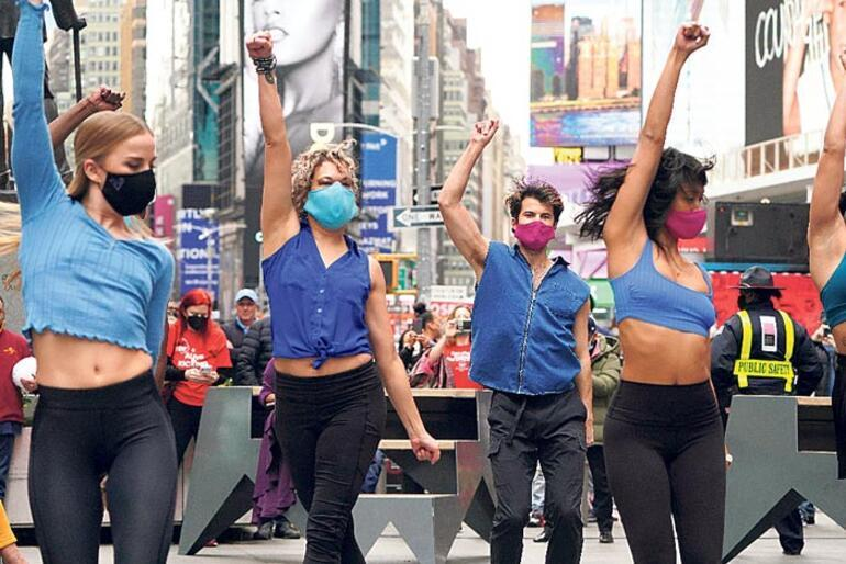 Broadway'de ölüm sessizliği